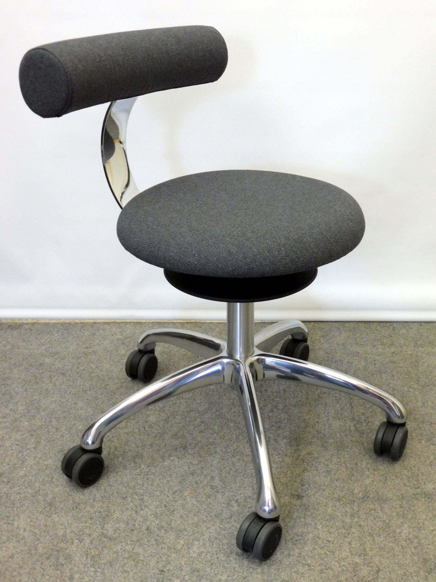 neuer l ffler drehstuhl aogo das zweite b ro sitzgelegenheiten l ffler. Black Bedroom Furniture Sets. Home Design Ideas