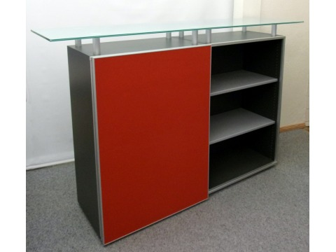 Highboard von Haworth mit Glasplatte