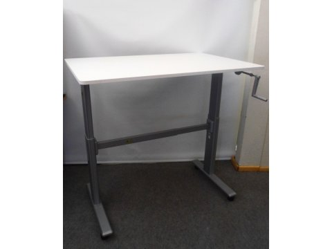 höhenverstellbarer Steh- und Sitzarbeitsplatz