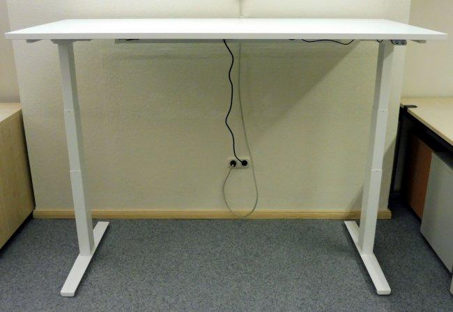 elektrisch höhenverstellbarer Schreibtisch