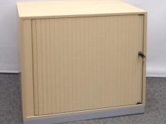 abschließbares Querrolladensideboard von Steelcase