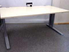 höhenverstellbarer Schreibtisch von König & Neurath