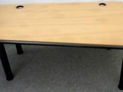 Schreibtisch von Vitra Modell Metronom